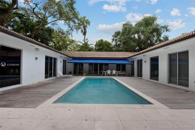 3200 Ah We Wa St, Miami, FL 33133 (MLS #A10988365) :: Carole Smith Real Estate Team