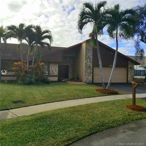 7840 NW 51st St, Lauderhill, FL 33351 (MLS #A10988448) :: Equity Realty