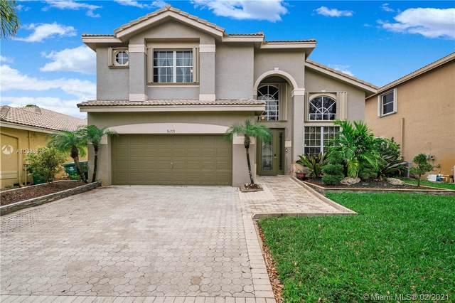 16221 SW 18th St, Miramar, FL 33027 (MLS #A10988618) :: The Riley Smith Group