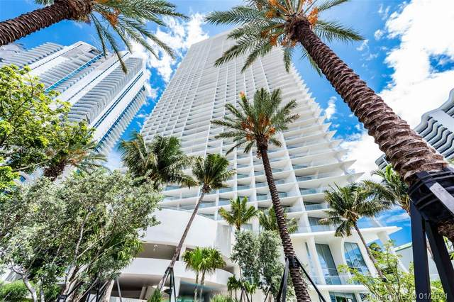16901 Collins Ave #4101, Sunny Isles Beach, FL 33160 (MLS #A10988624) :: Miami Villa Group