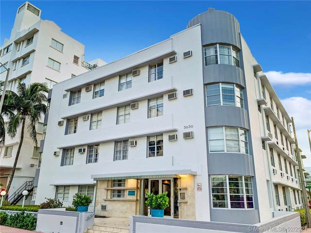 3030 Collins Ave 4C, Miami Beach, FL 33140 (MLS #A10988682) :: The Teri Arbogast Team at Keller Williams Partners SW