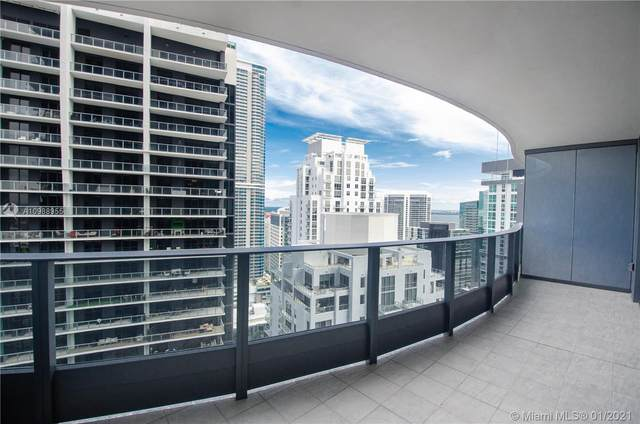 1000 Brickell Plaza #4207, Miami, FL 33131 (MLS #A10988955) :: Equity Advisor Team