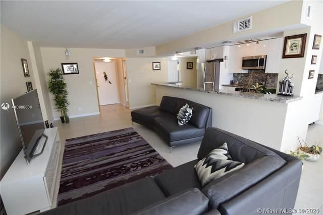800 NE Parkview Dr #415, Hallandale Beach, FL 33009 (MLS #A10989504) :: Berkshire Hathaway HomeServices EWM Realty