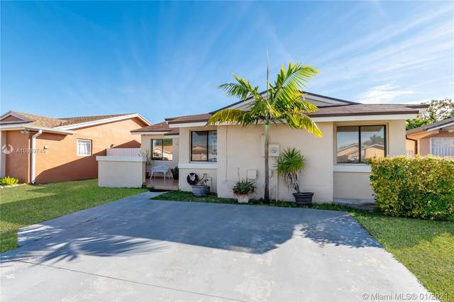 19769 SW 124th Ave, Miami, FL 33177 (MLS #A10989745) :: The Riley Smith Group