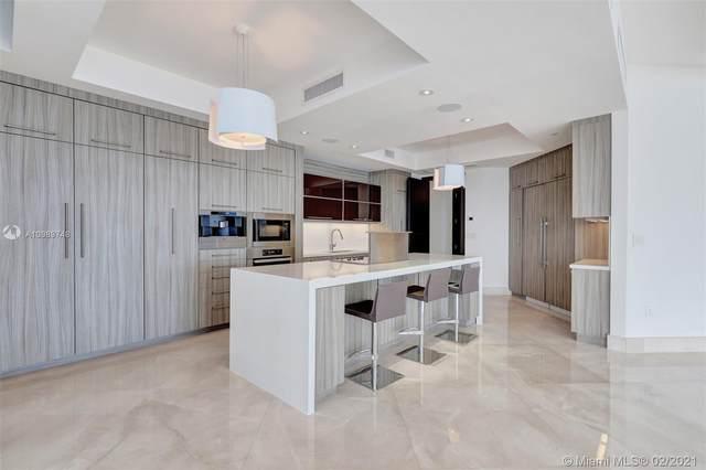 1425 Brickell Ave 63F, Miami, FL 33131 (MLS #A10989748) :: Castelli Real Estate Services