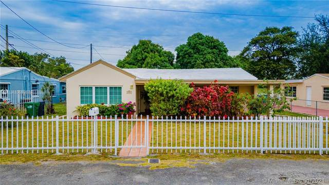 6837 SW 13th St, Miami, FL 33144 (MLS #A10989880) :: Prestige Realty Group