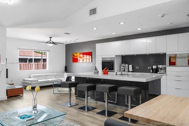 16151 SW 147th Ln, Miami, FL 33196 (MLS #A10990100) :: Berkshire Hathaway HomeServices EWM Realty