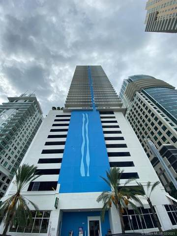 1200 Brickell Bay Dr #3020, Miami, FL 33131 (MLS #A10990104) :: The Riley Smith Group