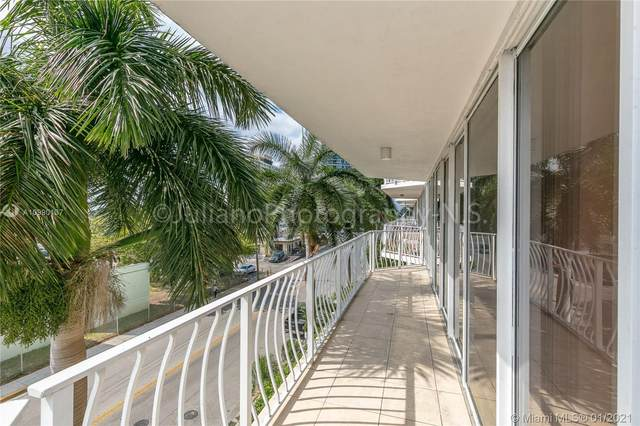 7601 W Treasure Dr #404, North Bay Village, FL 33141 (MLS #A10990137) :: THE BANNON GROUP at RE/MAX CONSULTANTS REALTY I