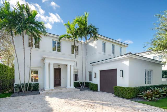 5140 Riviera Dr, Coral Gables, FL 33146 (MLS #A10990595) :: The Riley Smith Group
