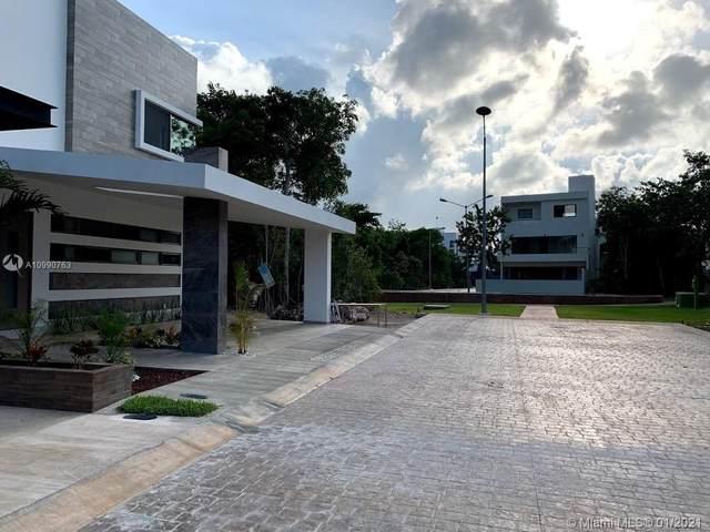 No. 21 Calle Fuente De La Rotonda, Conjunto Residencial Aqua, TX 77560 (MLS #A10990763) :: The Riley Smith Group