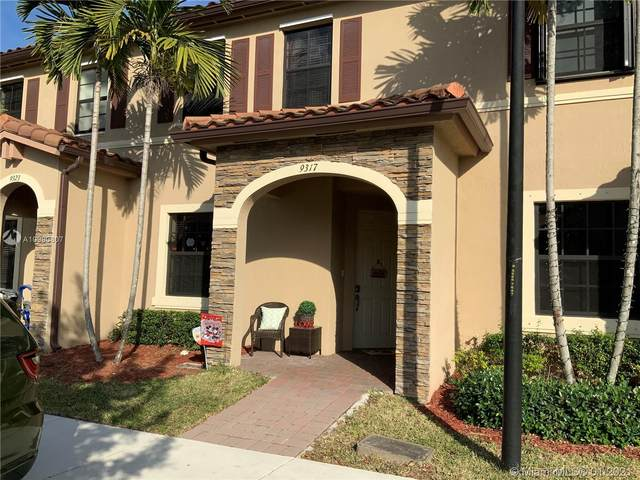 9317 W 33rd Ave, Hialeah, FL 33018 (MLS #A10990807) :: Re/Max PowerPro Realty