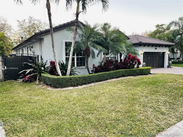 15057 SW 158th Ct, Miami, FL 33196 (MLS #A10990945) :: Compass FL LLC