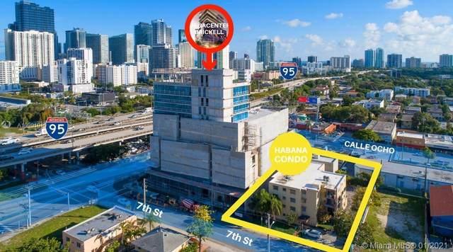 424 SW 7th St, Miami, FL 33130 (MLS #A10991019) :: The Teri Arbogast Team at Keller Williams Partners SW
