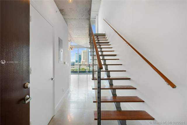 690 SW 1st Ct #1711, Miami, FL 33130 (MLS #A10991363) :: The Riley Smith Group