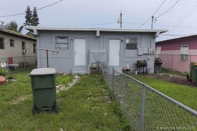 660 SW 7th St, Homestead, FL 33030 (MLS #A10991704) :: The Paiz Group