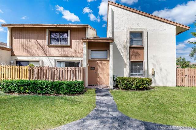 10605 SW 113th Pl 99B, Miami, FL 33176 (MLS #A10991718) :: Prestige Realty Group