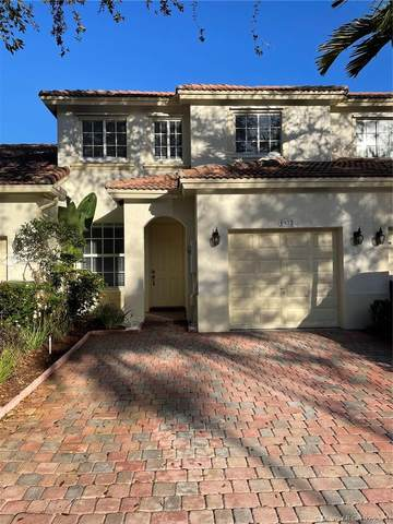 1977 NW 79th Way, Pembroke Pines, FL 33024 (MLS #A10992379) :: The Rose Harris Group