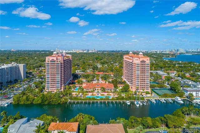 60 Edgewater Dr Ts-E, Coral Gables, FL 33133 (MLS #A10992516) :: The Rose Harris Group