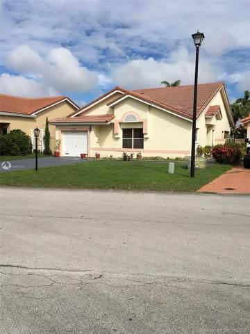 5487 NW 189th St, Miami Gardens, FL 33055 (MLS #A10992763) :: Berkshire Hathaway HomeServices EWM Realty