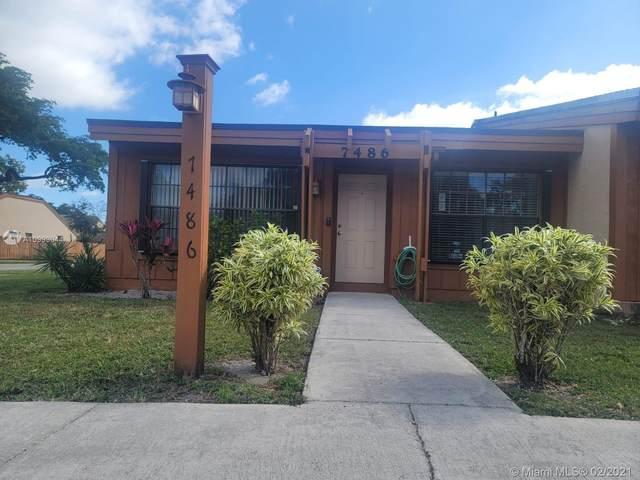 7486 NW 33rd St #7486, Lauderhill, FL 33319 (MLS #A10993044) :: Prestige Realty Group