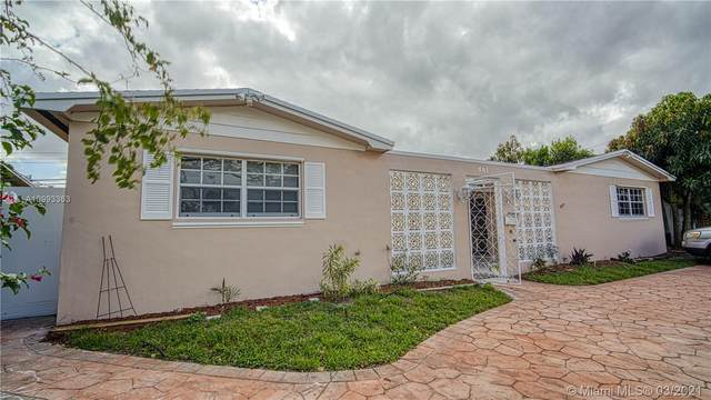501 NW 76th Ter, Pembroke Pines, FL 33024 (MLS #A10993363) :: The Riley Smith Group