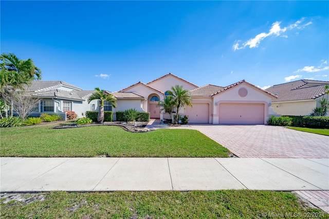 2862 W Abiaca Cir, Davie, FL 33328 (MLS #A10993660) :: Berkshire Hathaway HomeServices EWM Realty