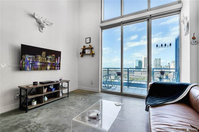 690 SW 1st Ct #2115, Miami, FL 33130 (MLS #A10993711) :: The Riley Smith Group