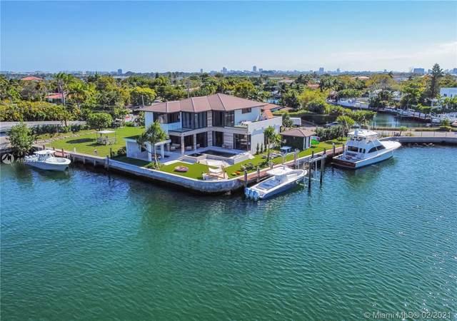 2213 Keystone Blvd, North Miami, FL 33181 (MLS #A10993712) :: The Jack Coden Group