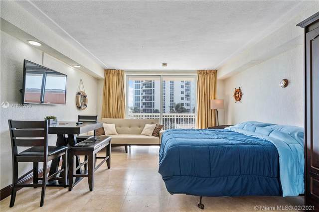 19201 Collins Ave #209, Sunny Isles Beach, FL 33160 (MLS #A10993756) :: KBiscayne Realty