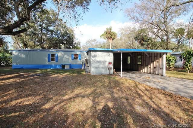 6295 SE 96th Circle, Okeechobee, FL 34974 (MLS #A10993872) :: Prestige Realty Group