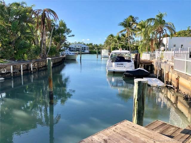 10 Island Dr, Key Biscayne, FL 33149 (MLS #A10994245) :: KBiscayne Realty