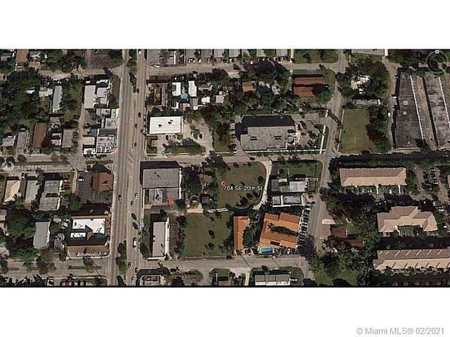 704 SE 20th St, Fort Lauderdale, FL 33316 (MLS #A10994531) :: The Riley Smith Group