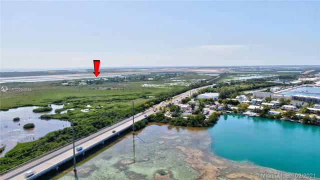 Vacant Lan Beach Dr, Key Largo, FL 33040 (MLS #A10994635) :: The Teri Arbogast Team at Keller Williams Partners SW