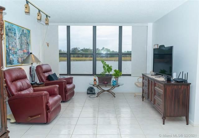 2767 S Carambola Cir S #103, Coconut Creek, FL 33066 (MLS #A10994801) :: Green Realty Properties