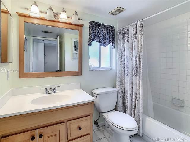 7794 Esmeralda Way #101, Naples, FL 34109 (MLS #A10995023) :: Green Realty Properties