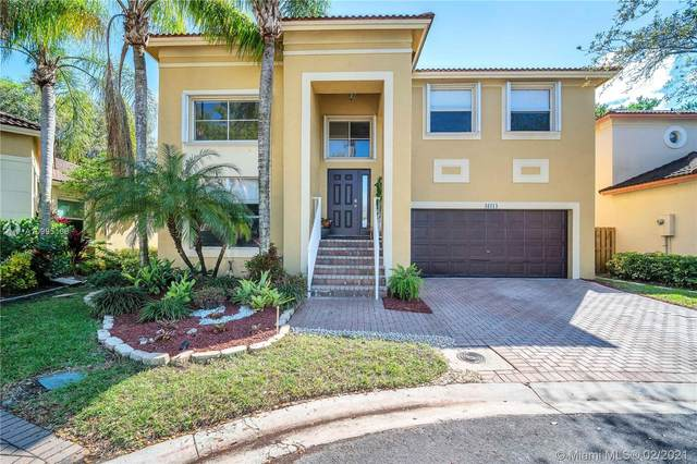 16114 Opal Creek Dr, Weston, FL 33331 (MLS #A10995168) :: Castelli Real Estate Services