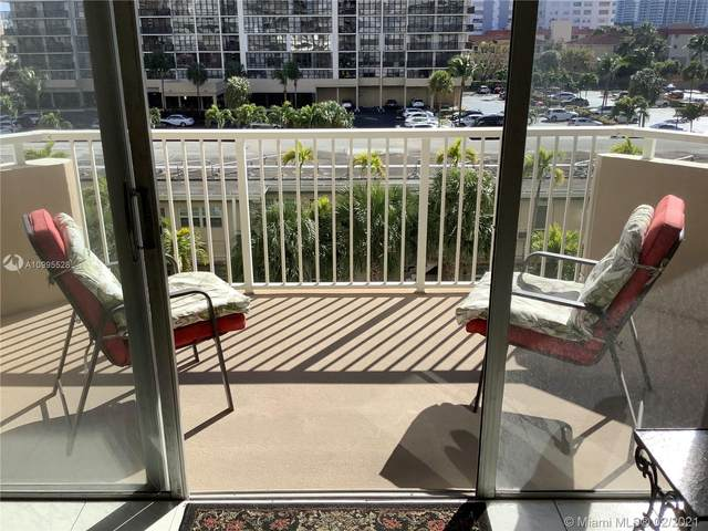 1985 S Ocean Dr 3A, Hallandale Beach, FL 33009 (MLS #A10995528) :: Green Realty Properties
