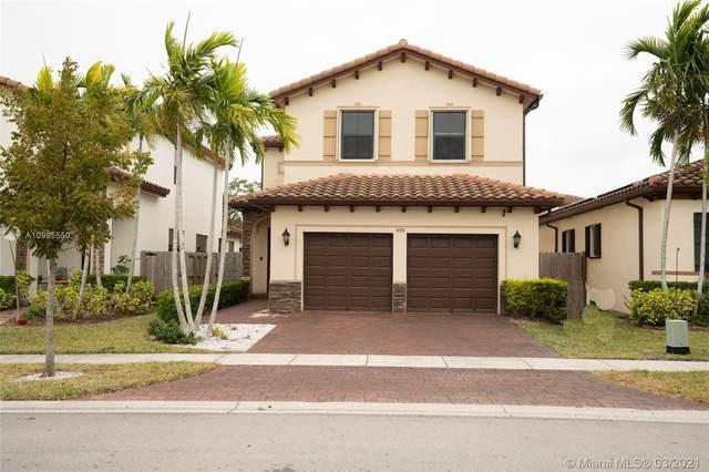 590 SE 35th Ave, Homestead, FL 33033 (MLS #A10995550) :: Berkshire Hathaway HomeServices EWM Realty