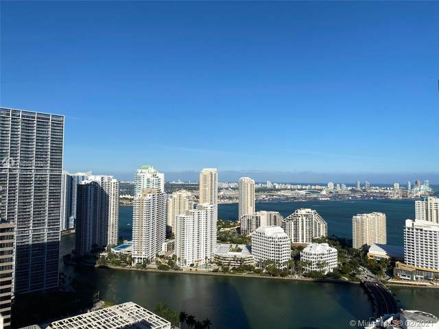 950 SE Brickell Bay Dr #4002, Miami, FL 33131 (MLS #A10996039) :: Green Realty Properties