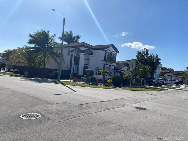 8914 NW 181st St, Hialeah, FL 33018 (MLS #A10996123) :: The Jack Coden Group