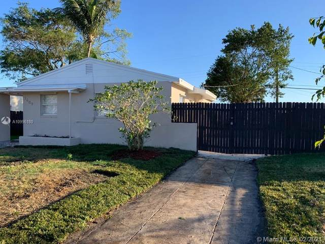 1609 S 15th Ave S, Lake Worth, FL 33460 (MLS #A10996180) :: The Riley Smith Group