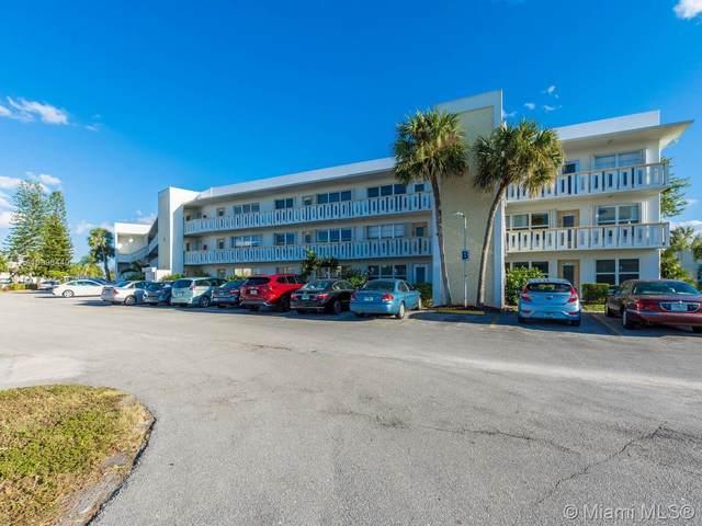 302 Wellington B #302, West Palm Beach, FL 33417 (MLS #A10996440) :: KBiscayne Realty