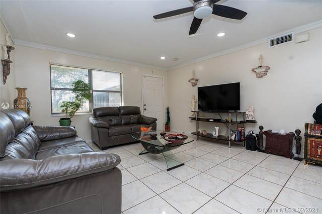 10370 SW 220th St #222, Cutler Bay, FL 33190 (MLS #A10996487) :: Team Citron