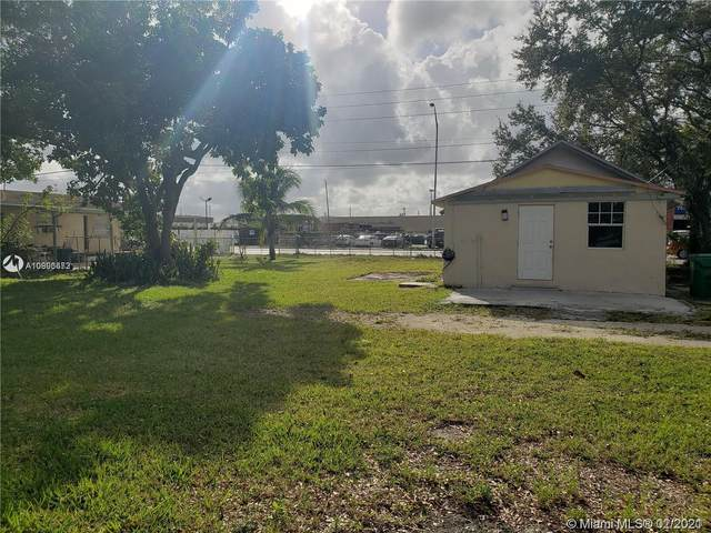 5793 NW 32nd Ave, Miami, FL 33142 (MLS #A10996672) :: Re/Max PowerPro Realty