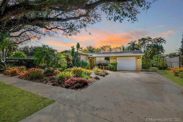 9020 SW 53rd St, Cooper City, FL 33328 (MLS #A10996716) :: Castelli Real Estate Services