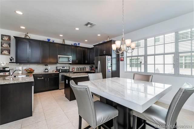 2853 SW 119th Rd #2853, Miramar, FL 33025 (MLS #A10996809) :: Berkshire Hathaway HomeServices EWM Realty