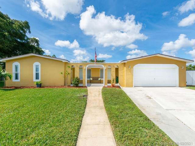 9730 NW 4th St, Pembroke Pines, FL 33024 (MLS #A10996834) :: The Riley Smith Group