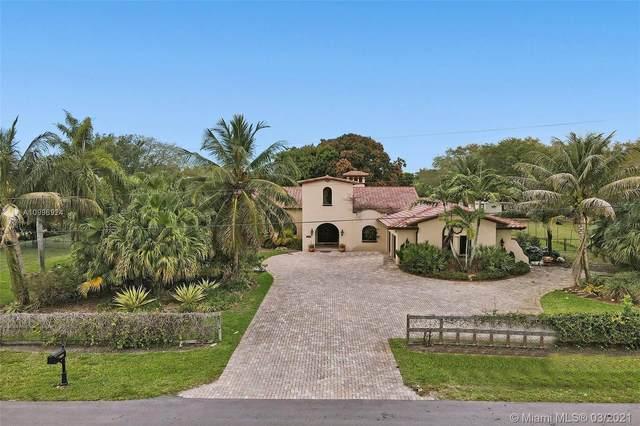 11031 SW 51st St, Davie, FL 33328 (MLS #A10996924) :: Castelli Real Estate Services