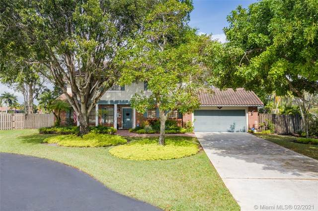 5705 Cloverdale Ct, Davie, FL 33331 (MLS #A10996964) :: The Riley Smith Group